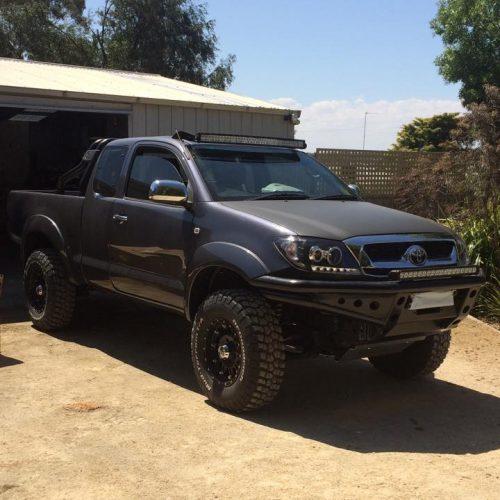 "Toyota N70 2005-2015 42"" Curved Screen Windscreen Mount: Black Brackets Bullseye Products 4x4 Lilydale Melbourne Australia"