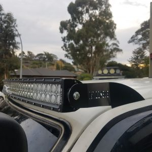 Windscreen Mount 42 inch Curved Light bar Toyota Hilux LN106 black brackets Bullseye Products 4x4 Lilydale Melbourne Australia